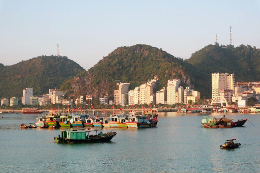 Floating barge karaoke - Things to do in Cat Ba