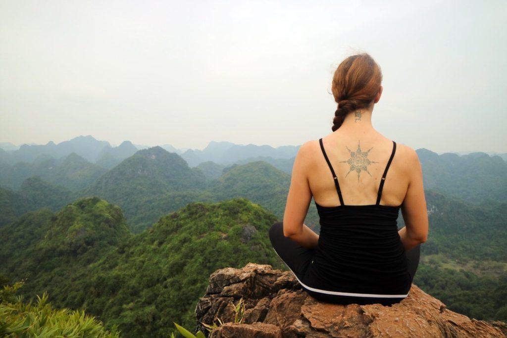 Ngu Lam Peak - Things to do in Cat Ba