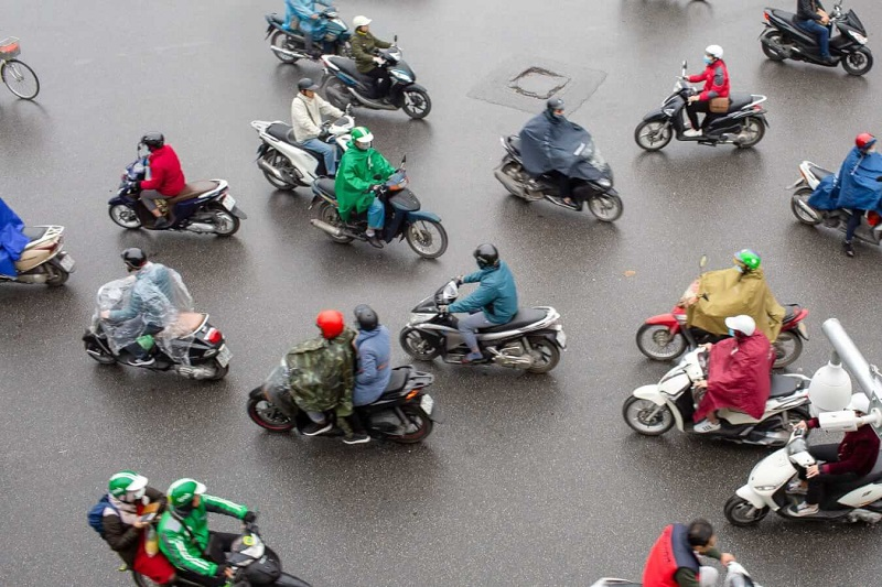 Riding scooter in Vietnam tips