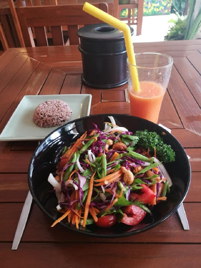 What are the top 5 best vegetarian restaurants in Chiang Mai, Thailand?