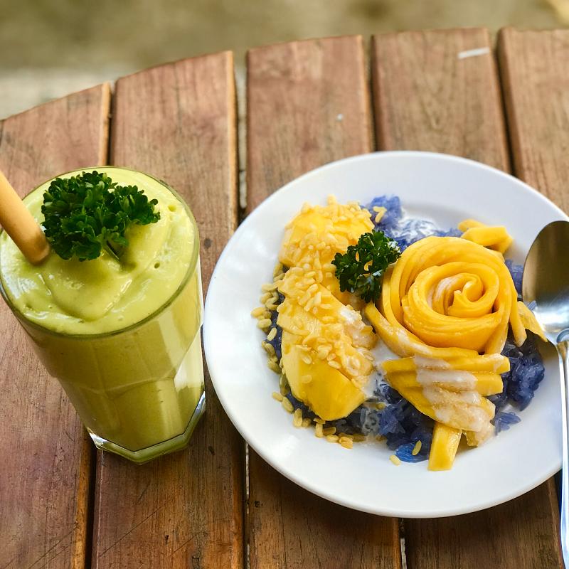 What are the top 5 best vegetarian restaurants in Chiang Mai, Thailand AUM Vegetarian Restaurant