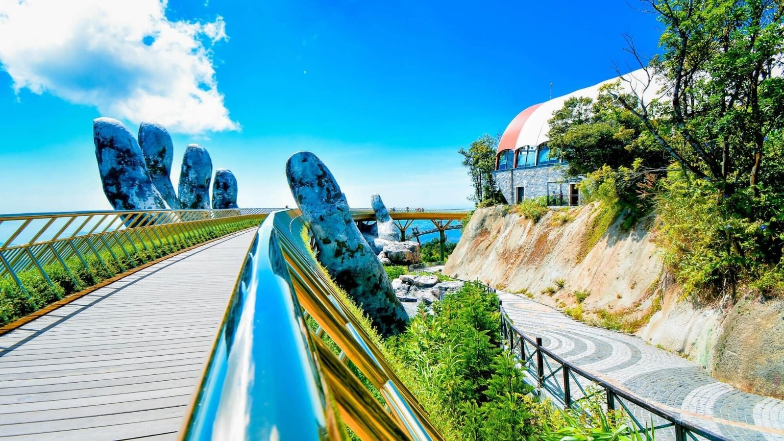 Visit Golden Hand Bridge