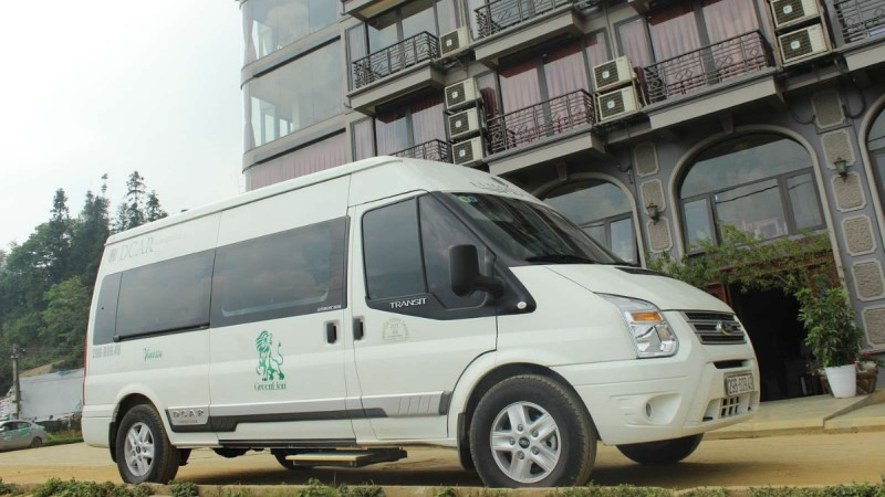 Shuttle bus - the most popular way of Hanoi to Halong Bay transfer