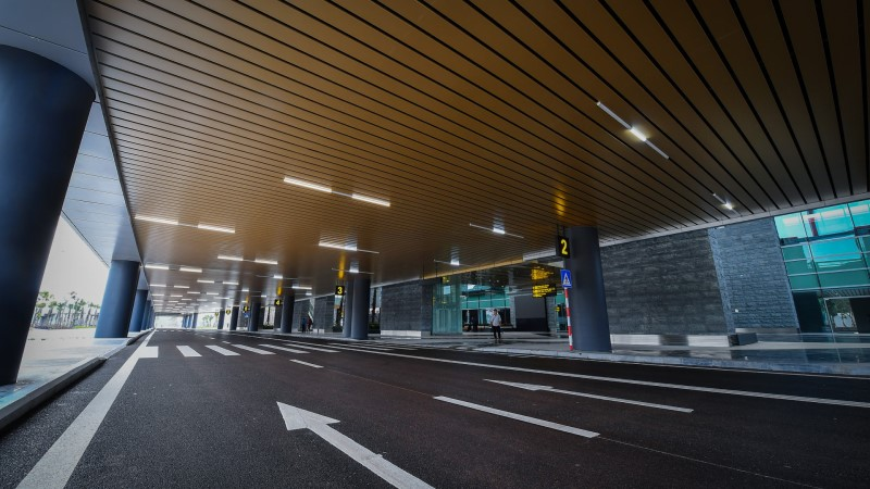 Transfer to Halong Bay from Van Don airport