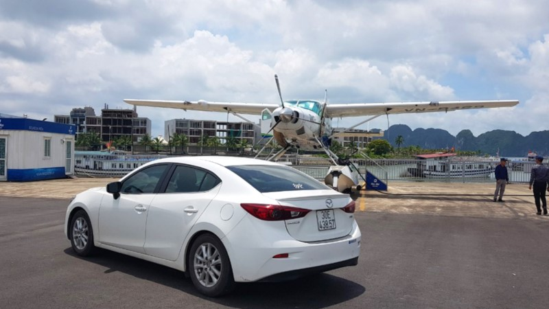 Transfer from Cat Bi airport to Halong Bay