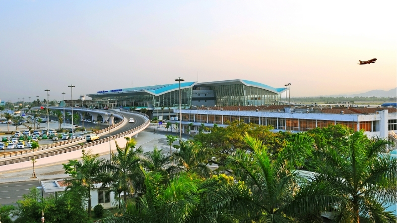 Da Nang Airport transfer vietnam