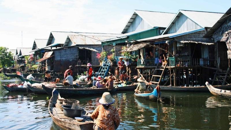 Tonle Sap Lake - Vietnam and Cambodia Itinerary