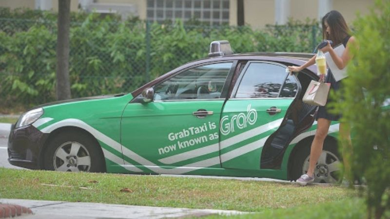 Take a Grab taxi to avoid bad weather conditions