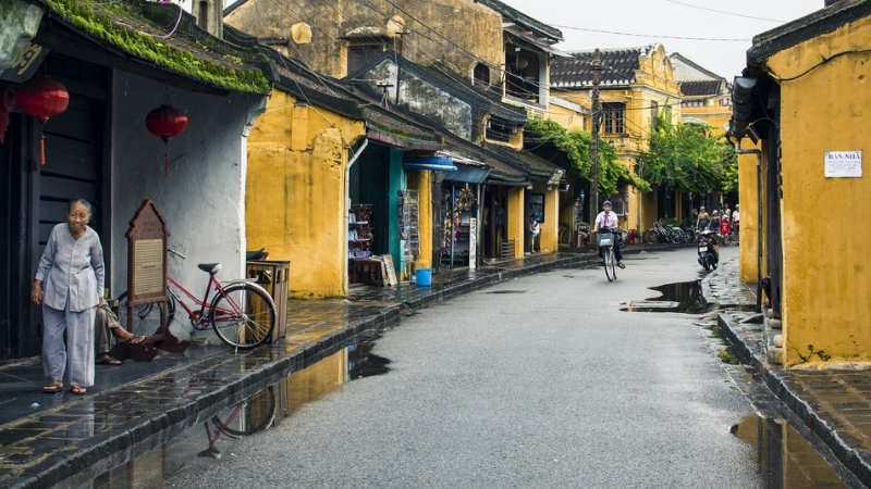 Hoi An more quite in rainy season