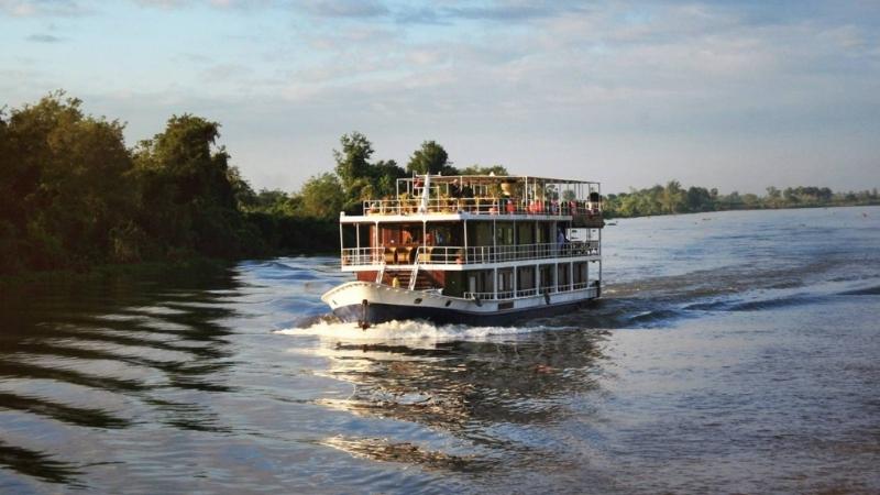Enjoy the Mekong Delta cruise trip