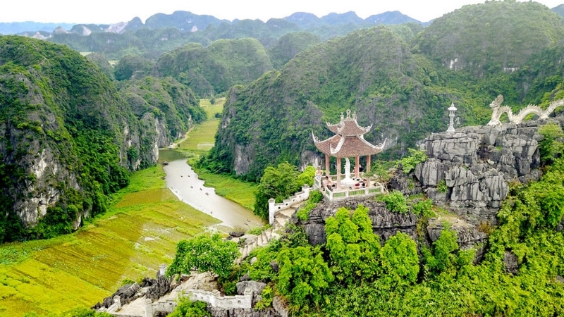 Vietnam sightseeing tour