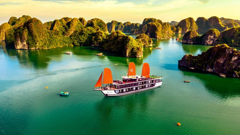 Peony - The best 4-star cruises in Halong Bay