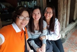 Duong Lam Tour