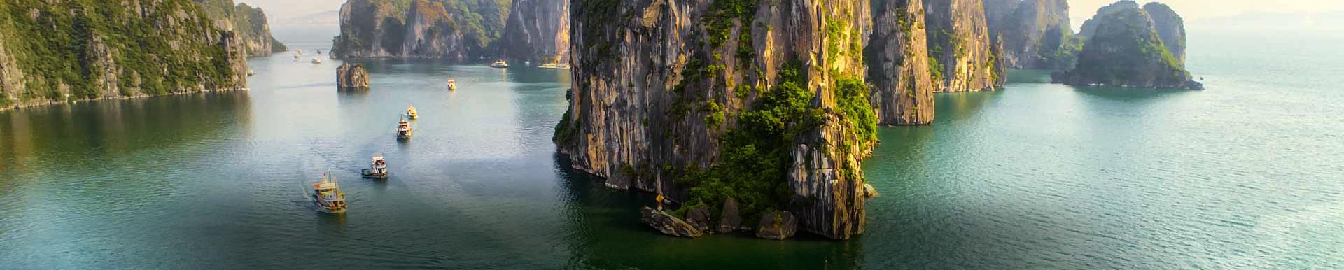 Halong Bay Cruises - Small Boat
