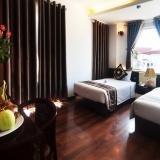 Saving Deals: Glory Legend Cruise + La Suite Hotel