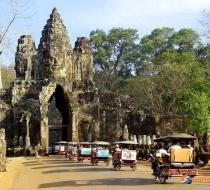 Tuk tuk in Angkor Thom