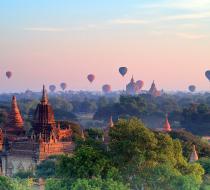 Bagan Hot Air Balloon1