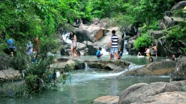 Outdoor Picnic - BBQ & Swimming Da Ban Stream