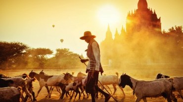 Explore the mystery's beauty of Bagan 2 days