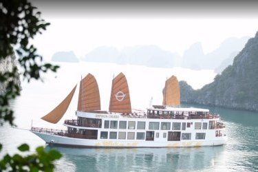 Emperor Cruises Halong 2 days