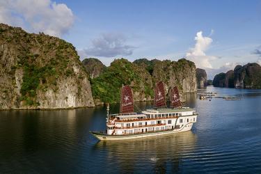 Heritage Line Ylang Cruise - Senses of Lan Ha 3 days