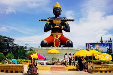 Battambang City Tours by Tuktuk