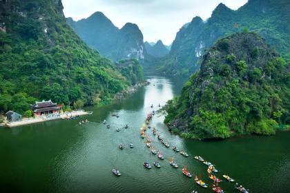 Ninh Binh: Hoa Lu – Trang An Full Day Private Tour