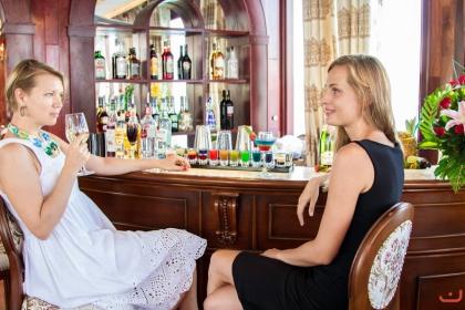 Nha Trang Bay Sunset Cocktail & Dinner Cruise