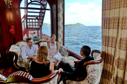 Experience Royal Life on Emperor Cruise Full Day