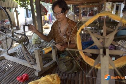 Full day weaving village on biking