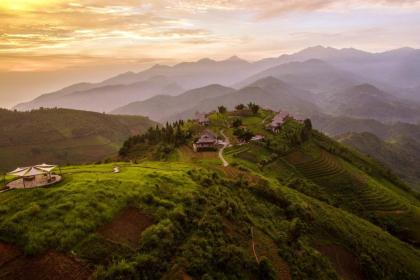 Halong bay and Nam Cang Retreat 8 days