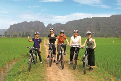 Discover Halong Bay & Ninh Binh 2 days