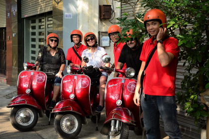 Hanoi Insight Vespa Tours