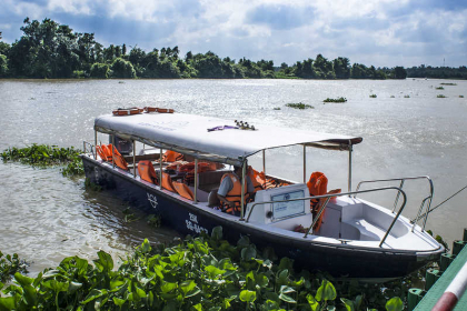 Luxury Cu Chi Tunnels Speedboat Tour
