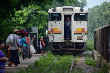 Yangon Highlight with Circular Train Full day