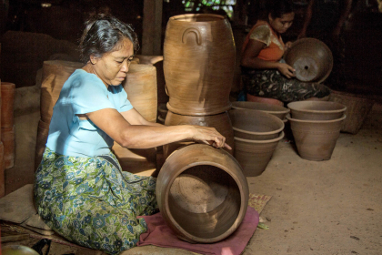 Sightseeing Traditional Pottery Village & Rural Life full day