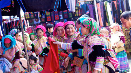 Sapa with Bac Ha Market 2 days - No 6 Trekking