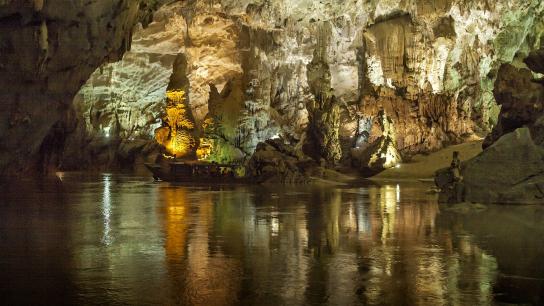Phong Nha Cave & DMZ 4 days - No 1 Central Vietnam