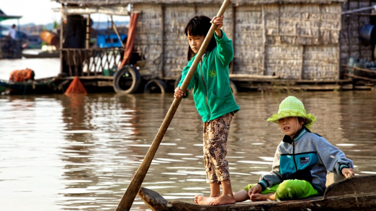 Kampong Khleang - Tonle Sap Half day