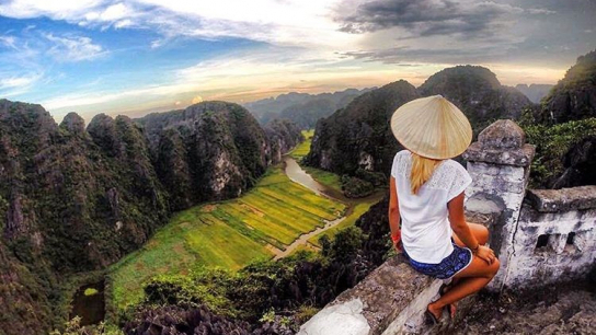 Ninh Binh: Hoa Lu - Tam Coc Full day Deluxe Small Group - No 1