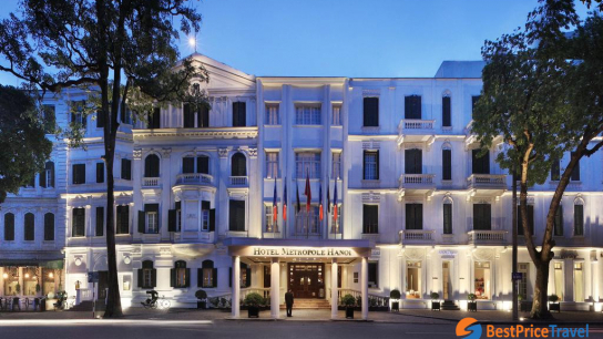 Luxury Boutique: Mon Cheri Cruise + Sofitel Legend Metropole - No 4