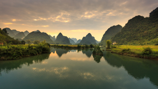 Essence of Northern Vietnam 8 days - No 3 Small Group