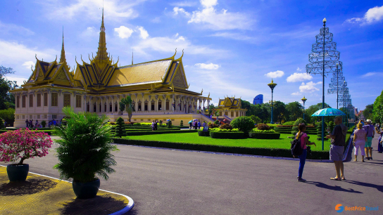 Best of Vietnam and Cambodia 15 days - No 8 Family Holidays