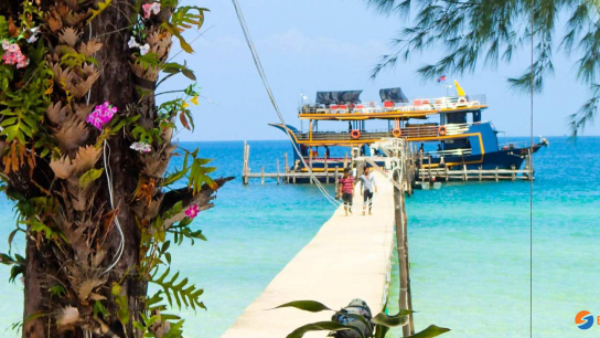 Cruise To Koh Rong Samloem with Lunch