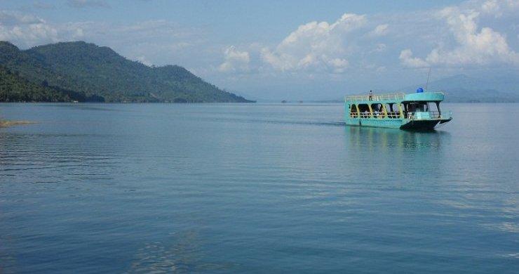 Stunning Beauty of Nam Ngum River
