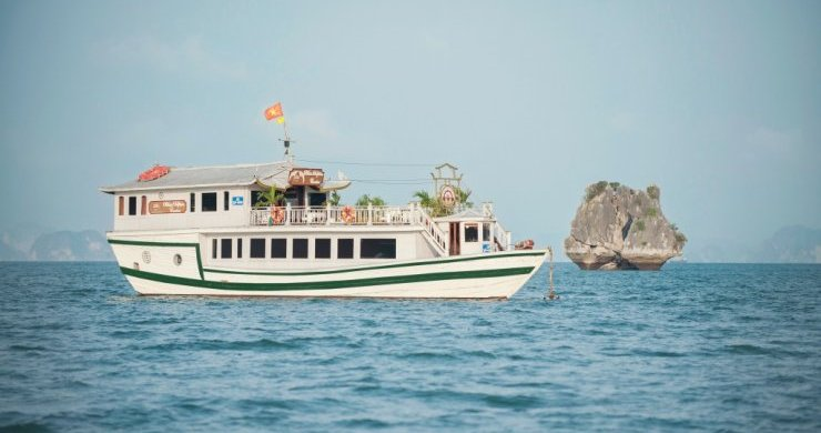 White Dolphin Private Cruise 2 days